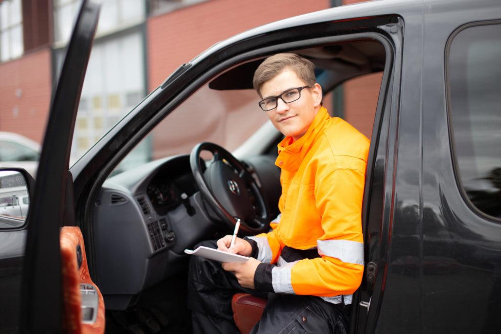 Uravalmennuksessa nuoria ohjataan yksilöllisesti työelämään.
